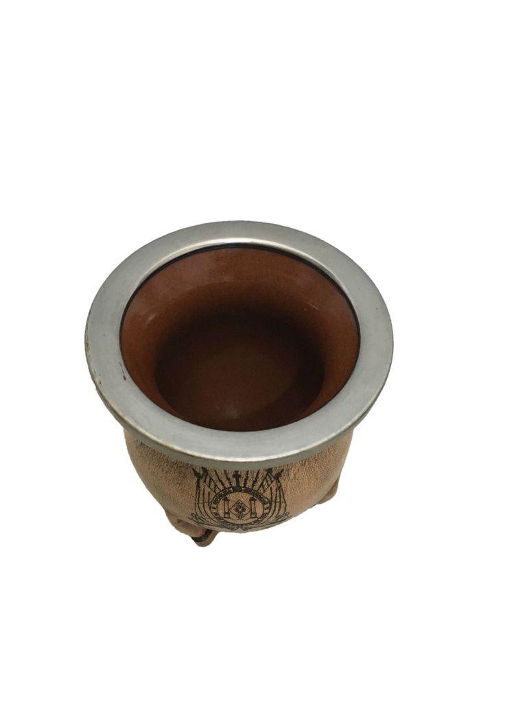 Cuia cerâmica revestida em Couro RS