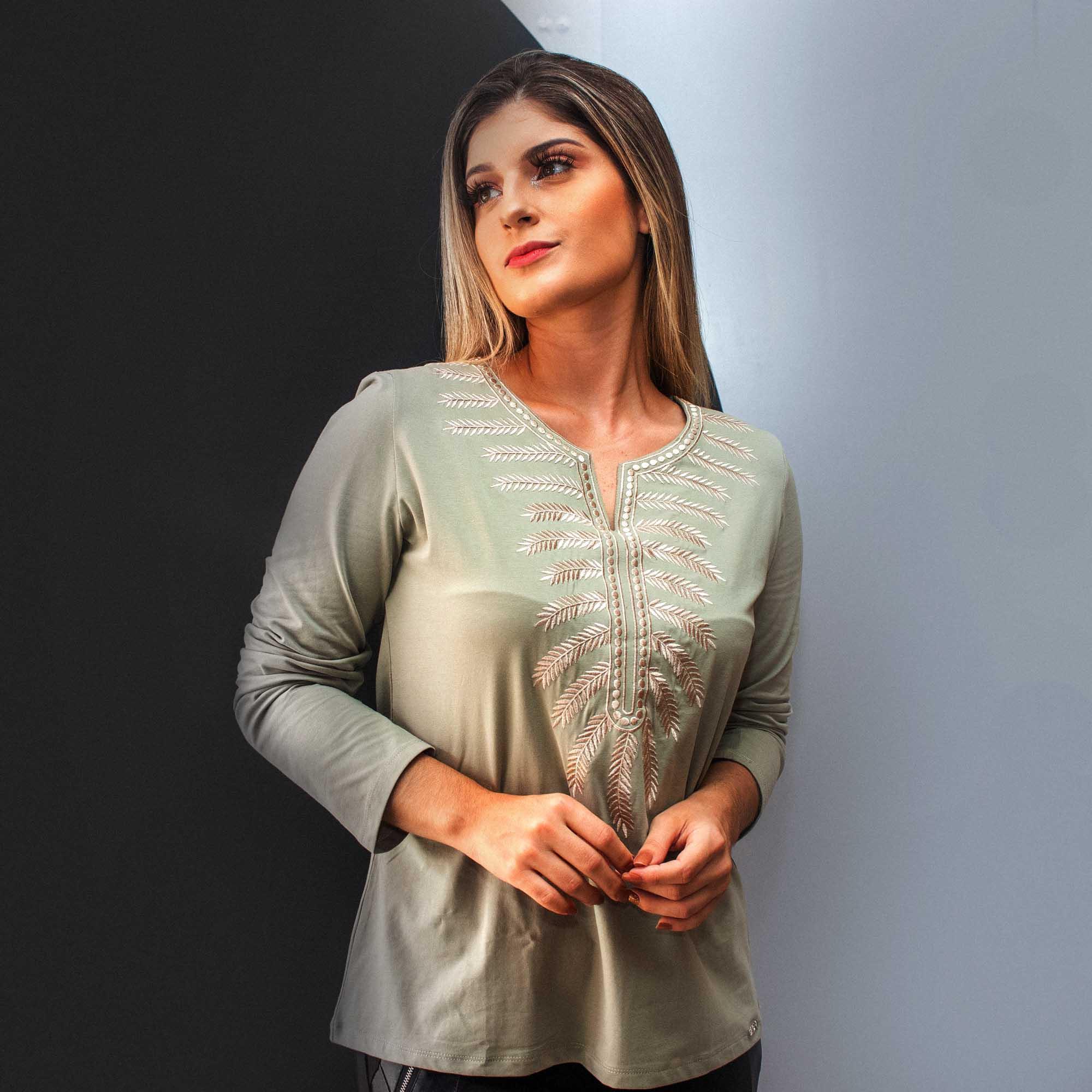 Blusa Malha Bordada Cód:14649