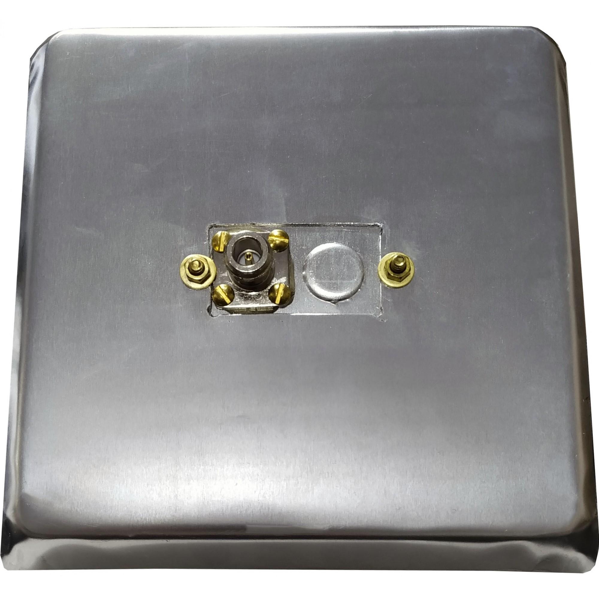 Iluminador 700 MHz + Parabólica 1,70 M - 26 dBi