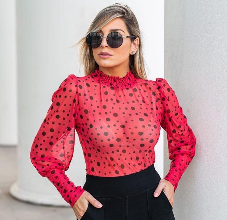 Blusa Tule Com Gola Manga Longa Vermelha com Preto - Adriana