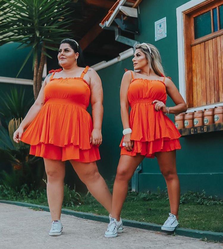 Macaquinho Plus Size Feminino Soltinho Curto Laranja - Danieli