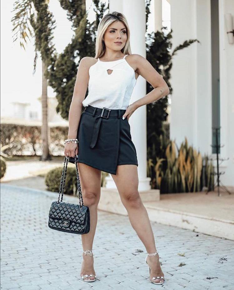 Shorts Saia Preto Cinto - Flavia