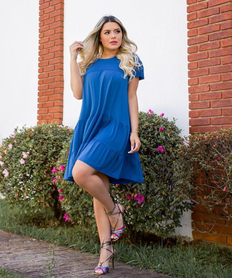 Vestido Curto Rodado Soltinho com Manguinha Azul - Lary