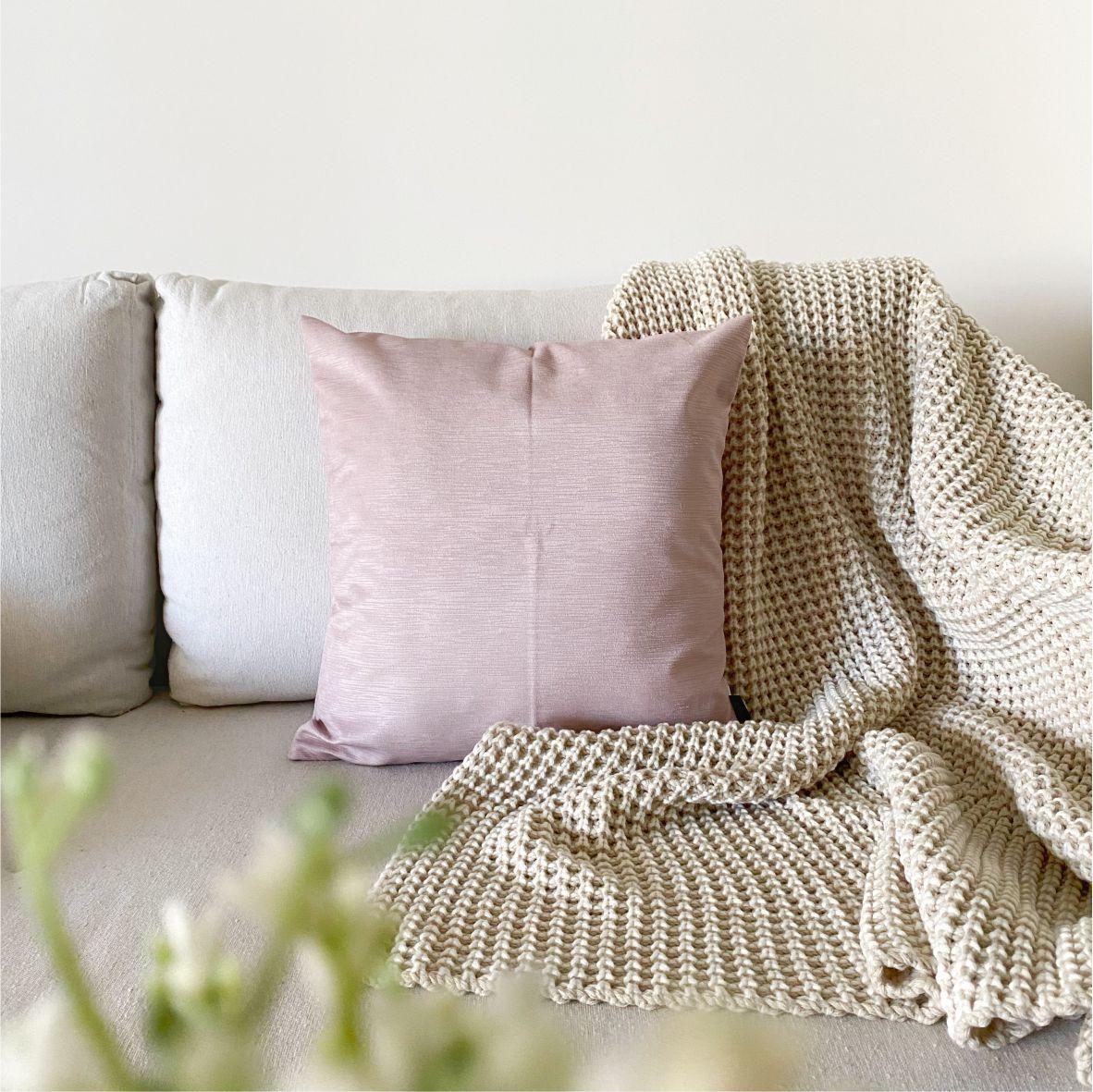 Almofada Decorativa Rosa Texturizada