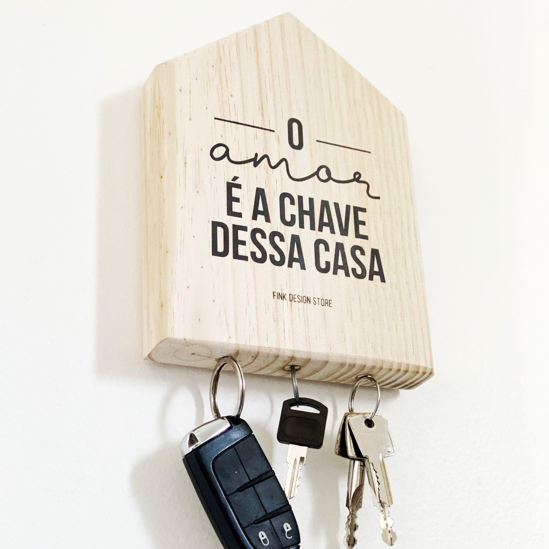 Porta Chaves com Imãs o Amor é a Chave dessa Casa