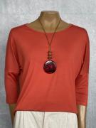 Colar Feminino Longo Artesanal com Pingente Vermelho e Preto