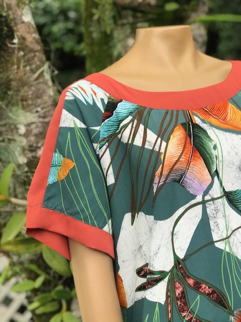 Blusa Feminina Manga Curta Hemix Estampa Floral Verde