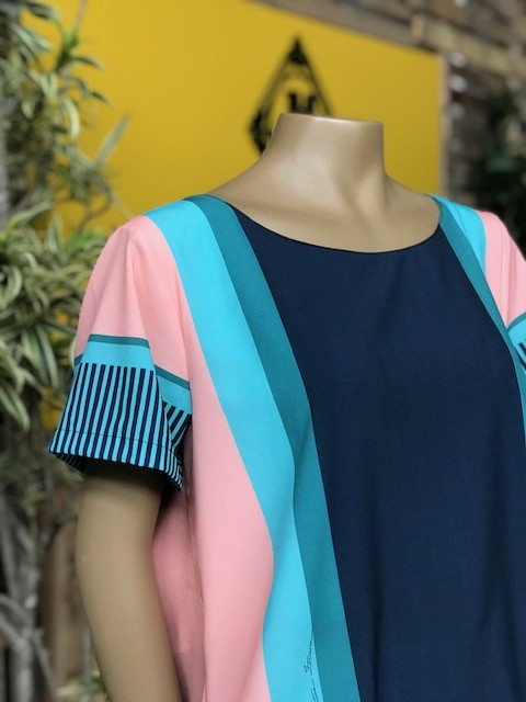 Blusa Feminina Manga Curta Plus Size Azul Estampada