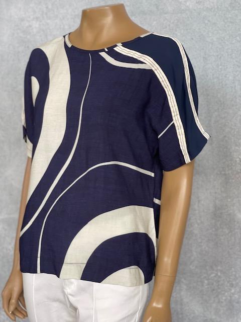 Blusa Feminina Manga Curta Viscose Estampa Marinho e Marfim