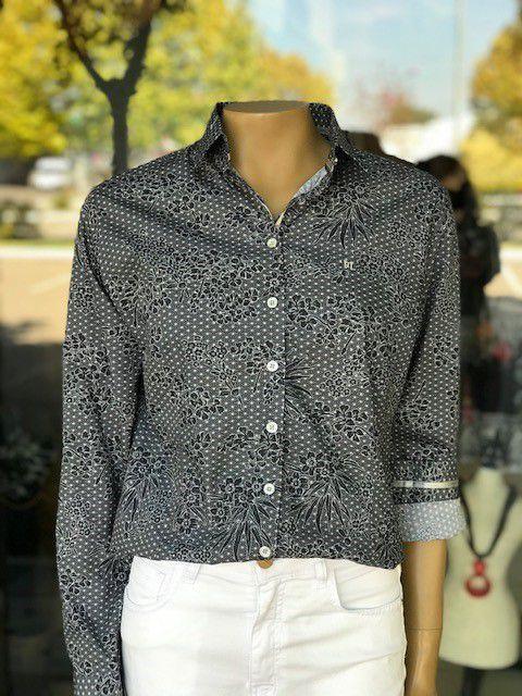Camisa Feminina Estampada Manga Longa
