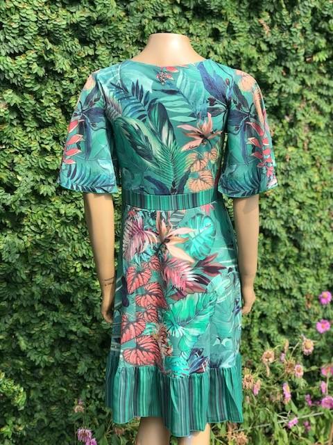 Vestido Feminino Manga Curta Intuição Estampa Verde Floral