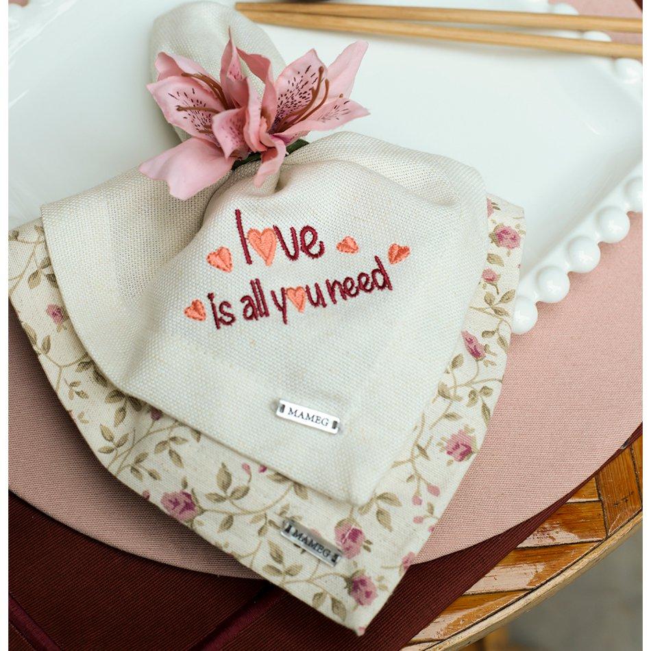 Guardanapo de Linho Love Is All You Need 40x40 cm Namorados