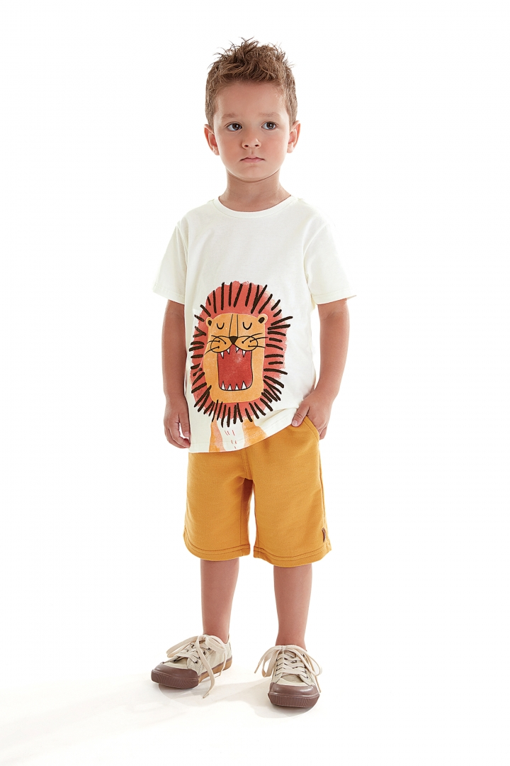 Conjunto Camiseta Malha e Calça Moletom