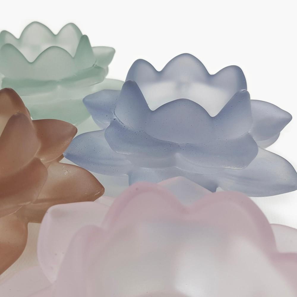 Castiçal Flor de Lótus 12x5cm - Foto 3