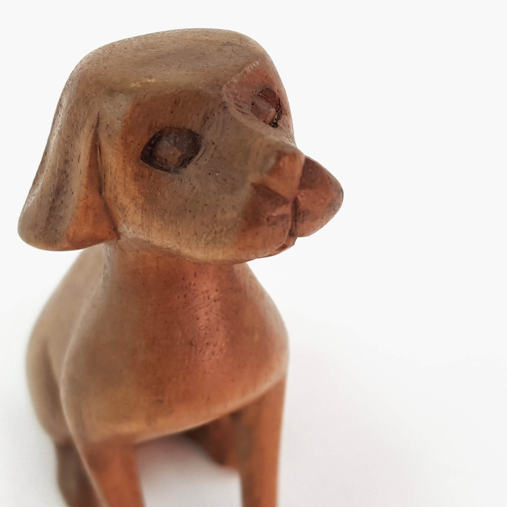 Escultura cachorro 10cm - Foto 6
