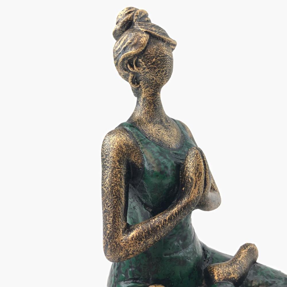 Estátua Yoga Dourado e Verde - Foto 2
