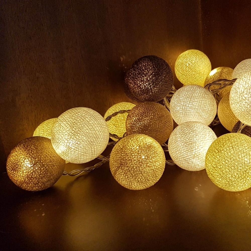 Cordão Luminária 35 lâmpadas - Tons Bege - Foto 1