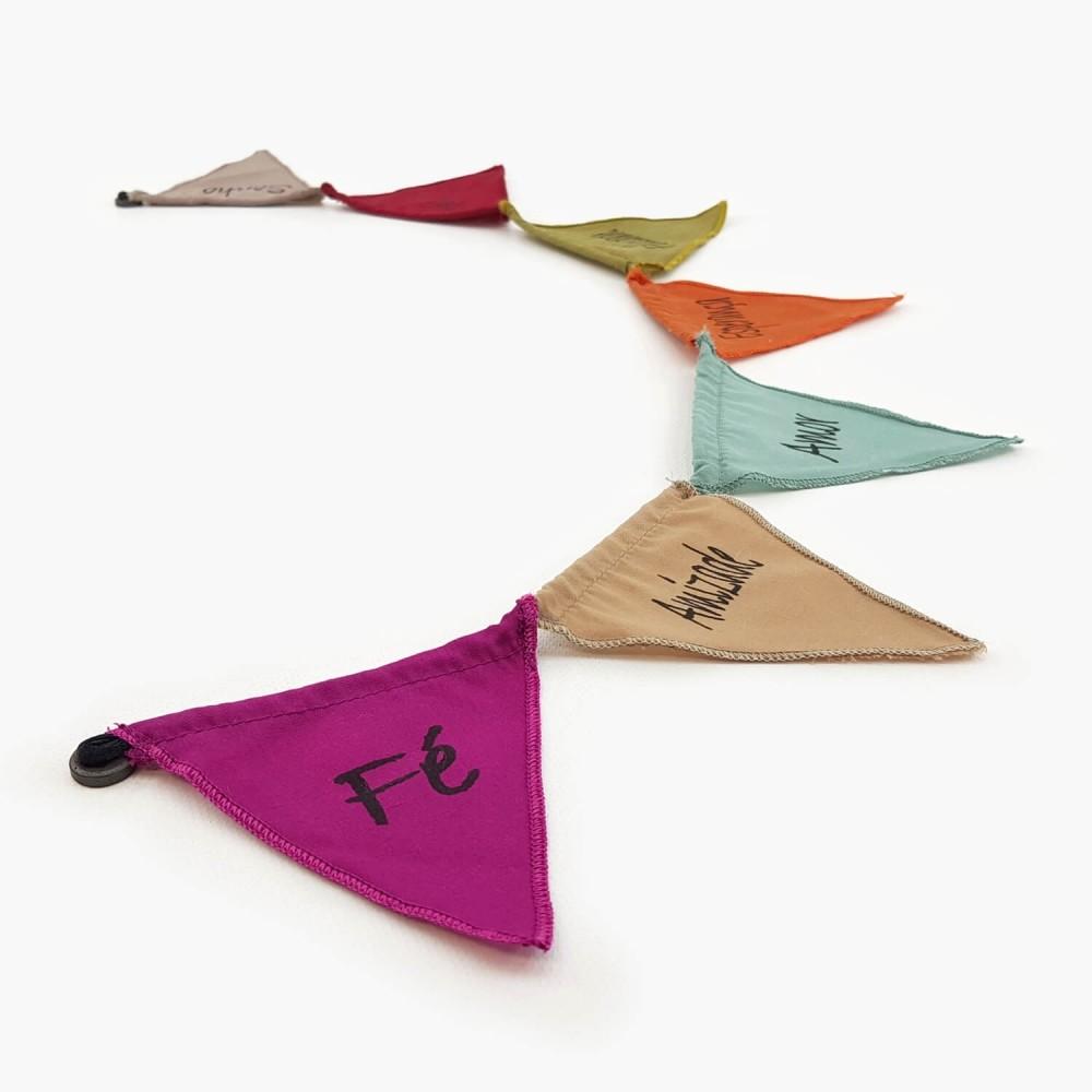 Mini Bandeiras de Oração c/ íman - Palavras  - Foto 1