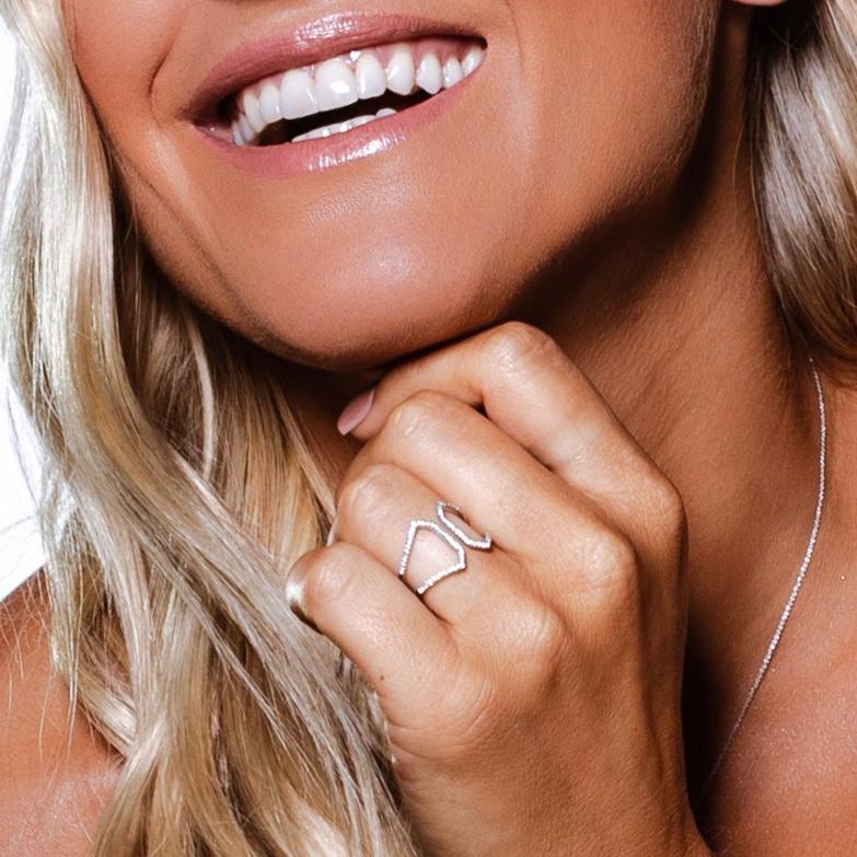 Anel Fenda Ouro 18k com Diamantes