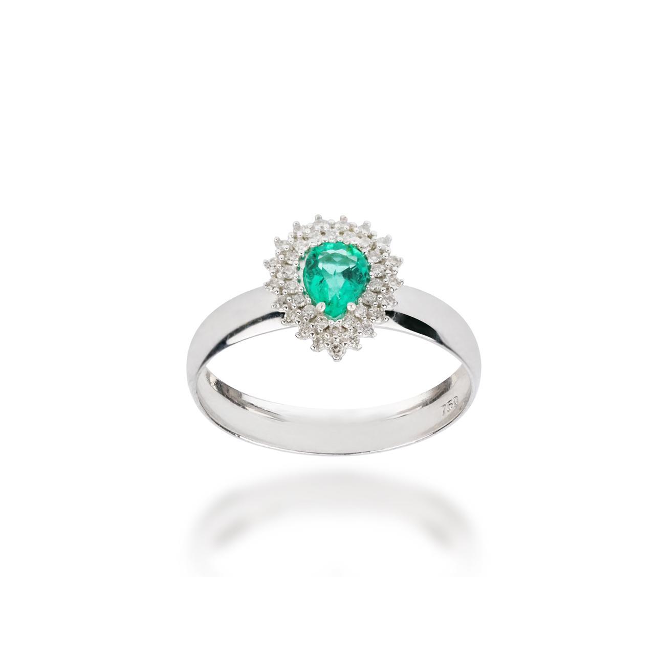 Anel Gota Esmeralda e Diamantes Ouro branco 18k