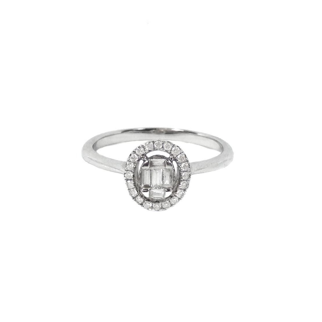 Anel Oval Diamantes Baguetes e Brilhantes Ouro branco 18k