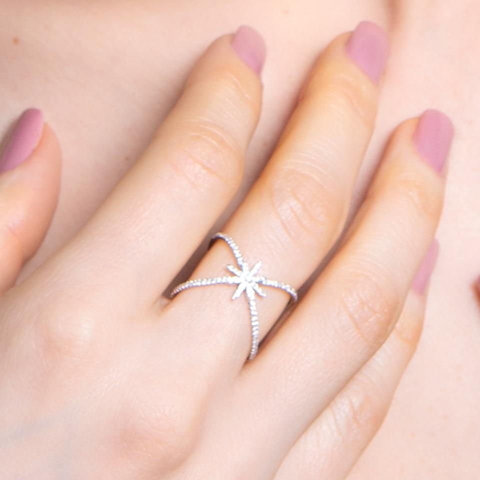 Anel Shiny Star Ouro branco 18k e Diamantes