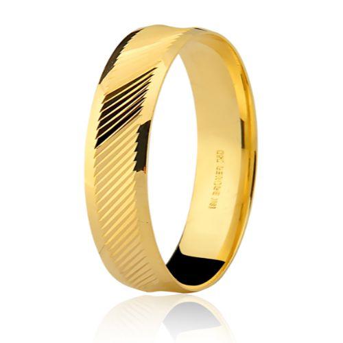 Aliança em Ouro 18K Amarelo com Trabalho Diamantado