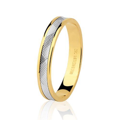 Aliança em Ouro 18K Amarelo e Branco com 3,4mm de Largura e trabalho Diamantado