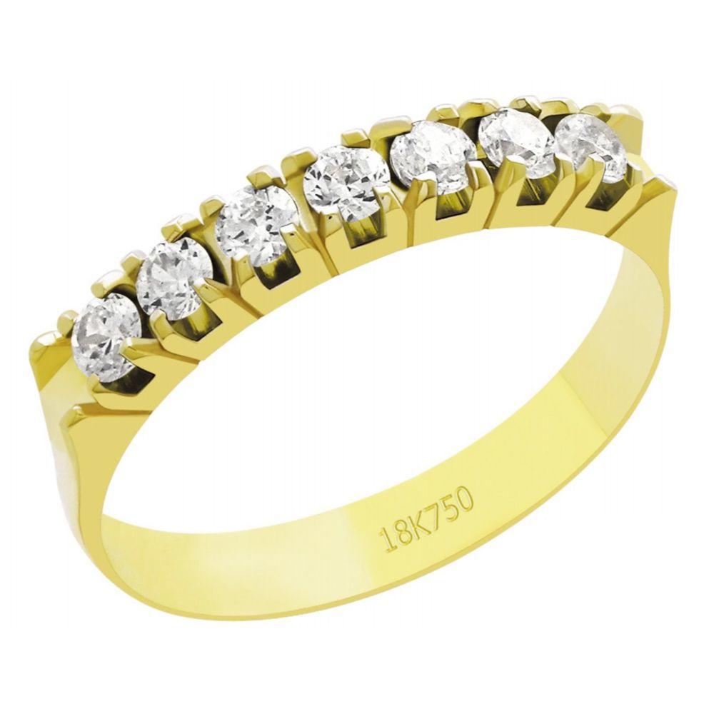 Anel Meia Aliança em Ouro 18K Amarelo com 7 Diamantes de 6,0 Pontos