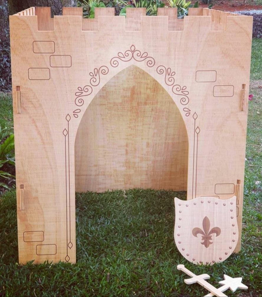 Castelo Medieval com Impressão Fashion Toys