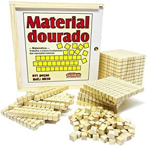 Material Dourado com 611 Peças de Madeira Carimbrás