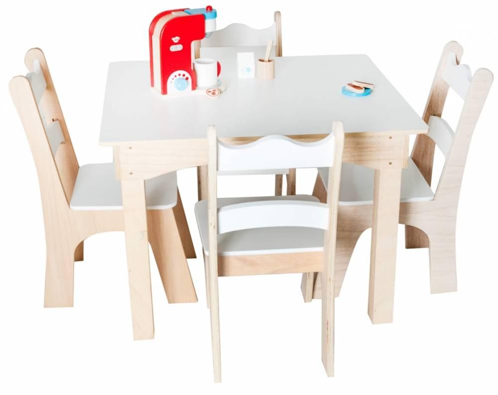 Mesa Infantil com 4 Cadeiras Branca Fashion Toys