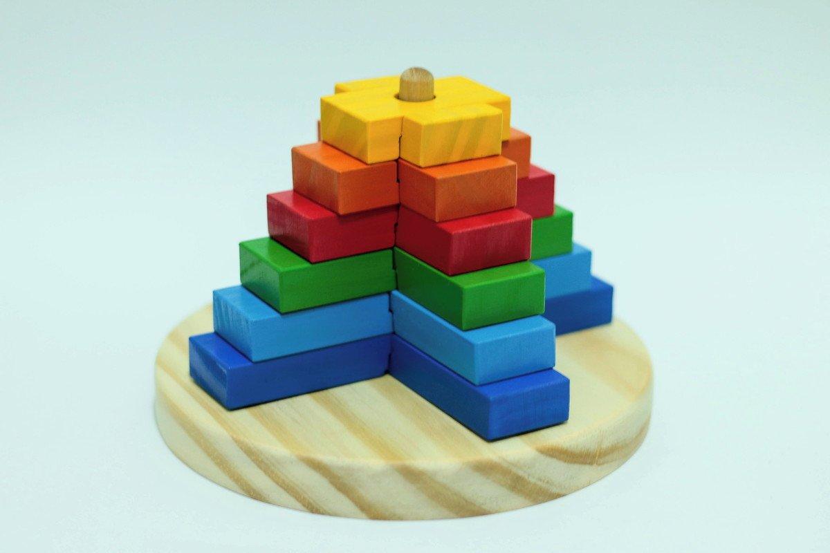 Torre de Encaixe Colorida