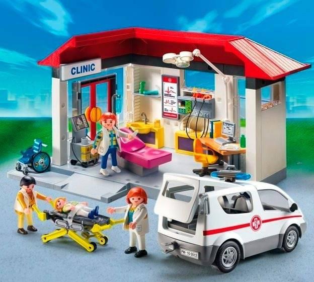 Playmobil City Life - Centro médico com ambulância