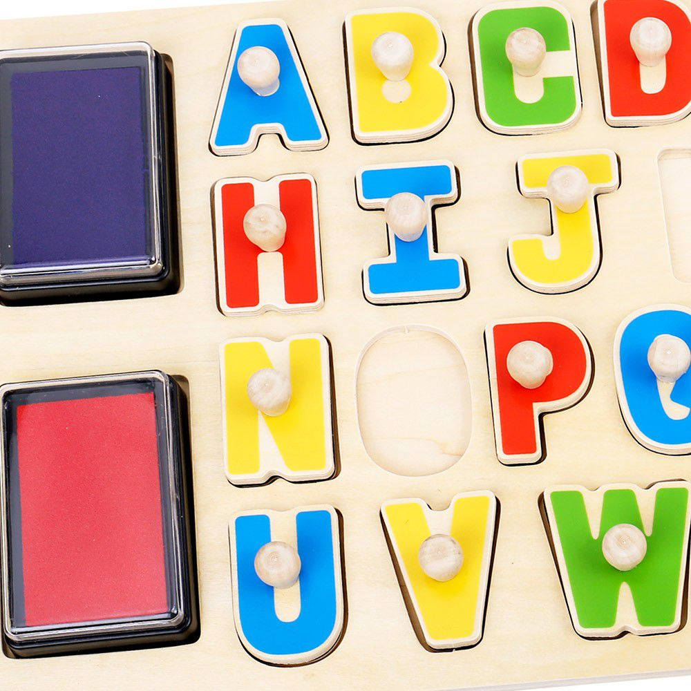 Quebra cabeças e  Carimbo do Alfabeto em madeira