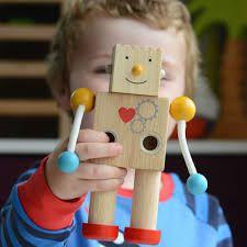 Robô em madeira com expressões - Build a Robot