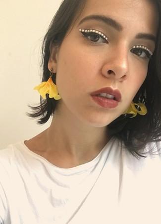 Brinco Flor Astromélia Amarela