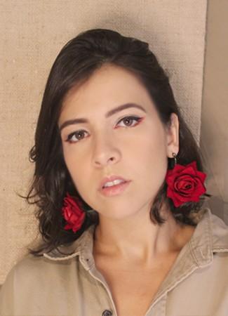 Brinco Rosas Vermelhas