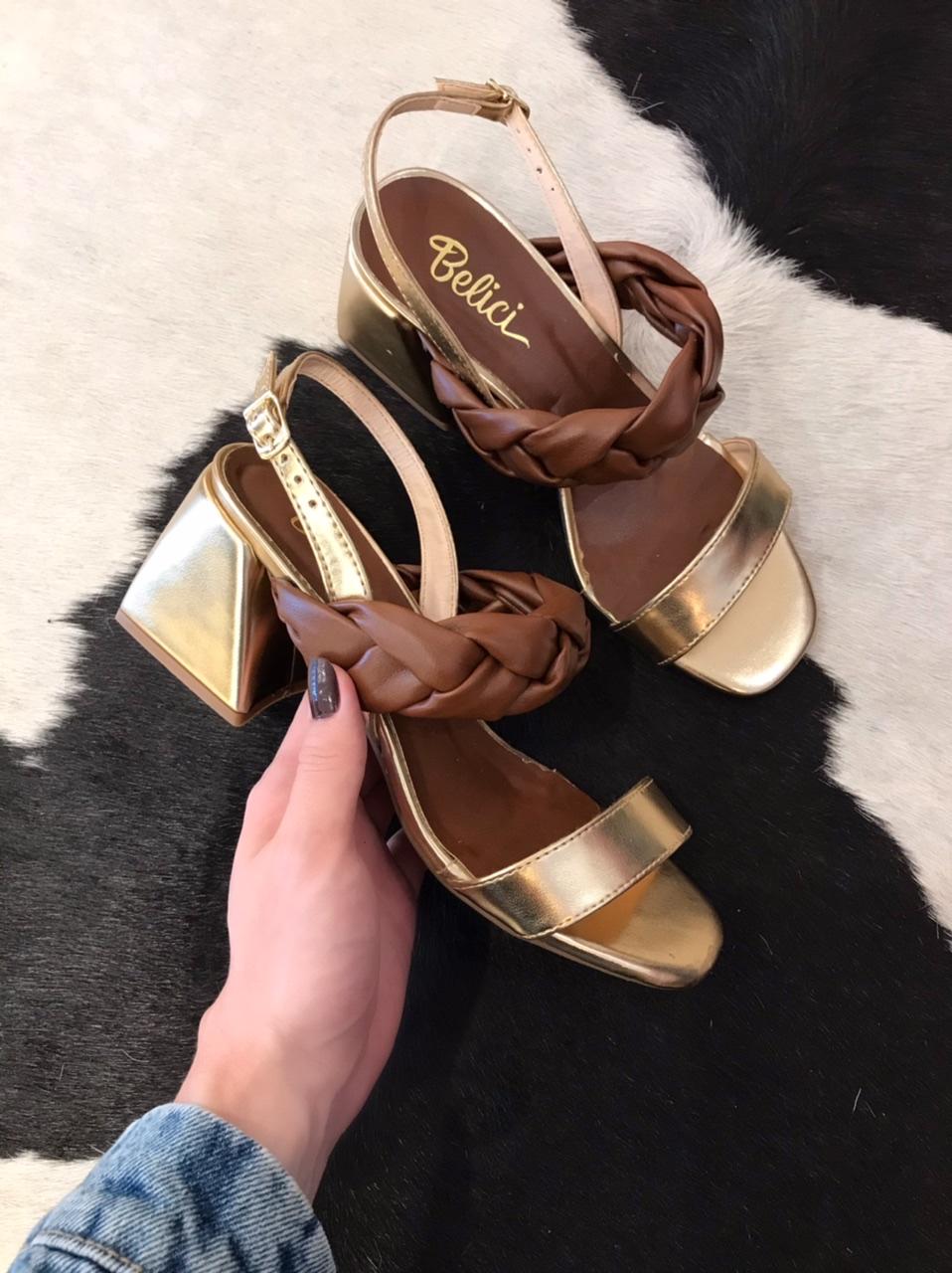 Sandália Melina dourada e brown