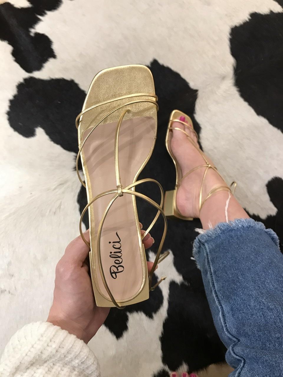 Sandália Minimal Dourada