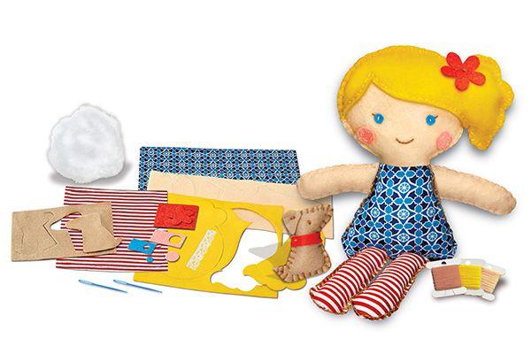 Costure uma boneca e um cachorrinho de estimaçao  4M