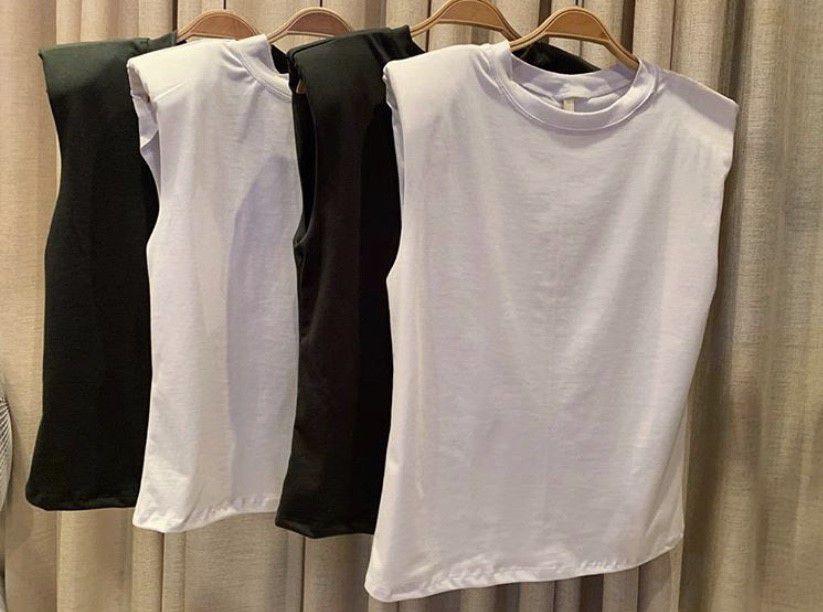 Blusa muscle algodão com elastano e ombreira