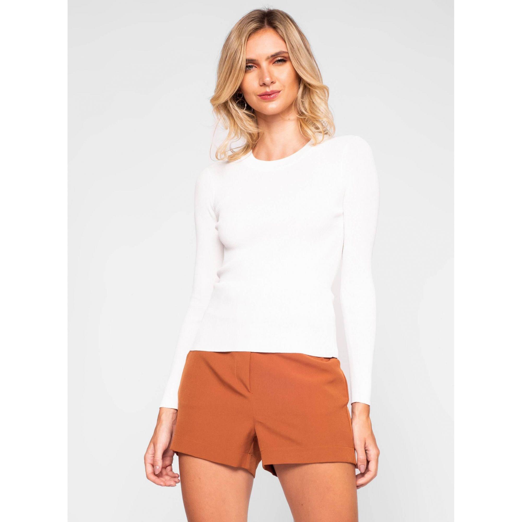 Blusa tricot básica justa decote redondo