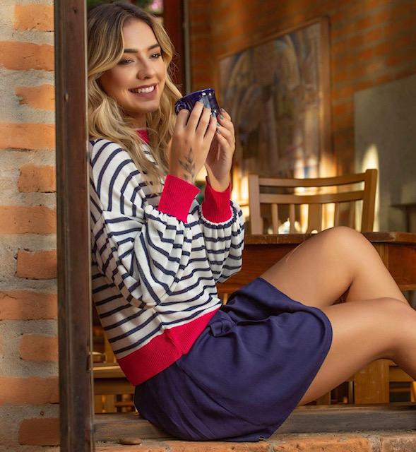 Blusa tricot listrada