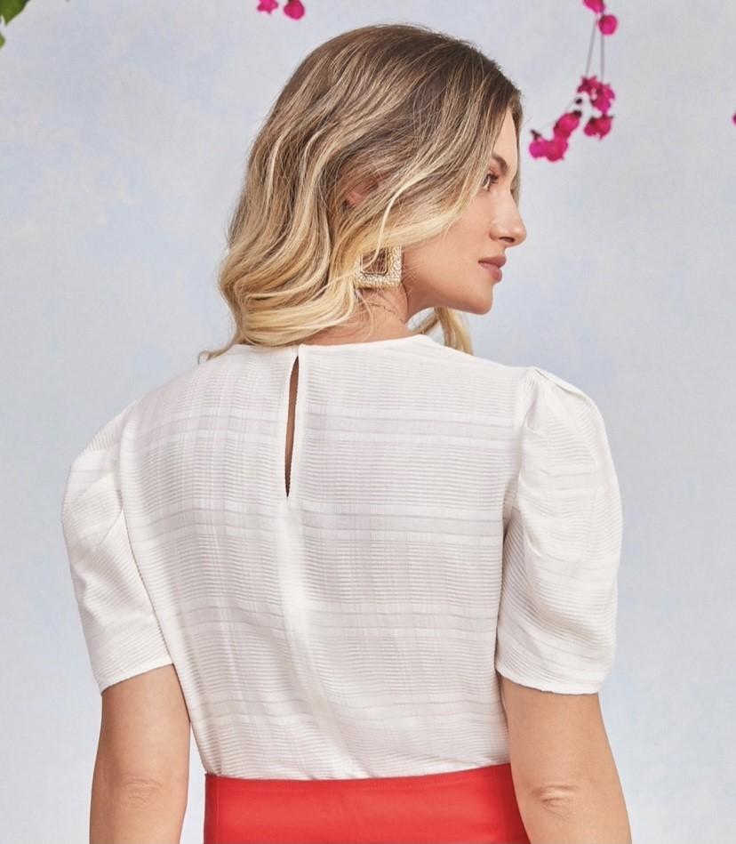 Blusa viscose botões no ombro