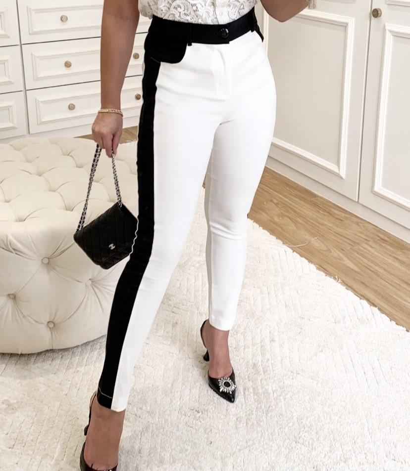 Calça skinny básica branca com preto