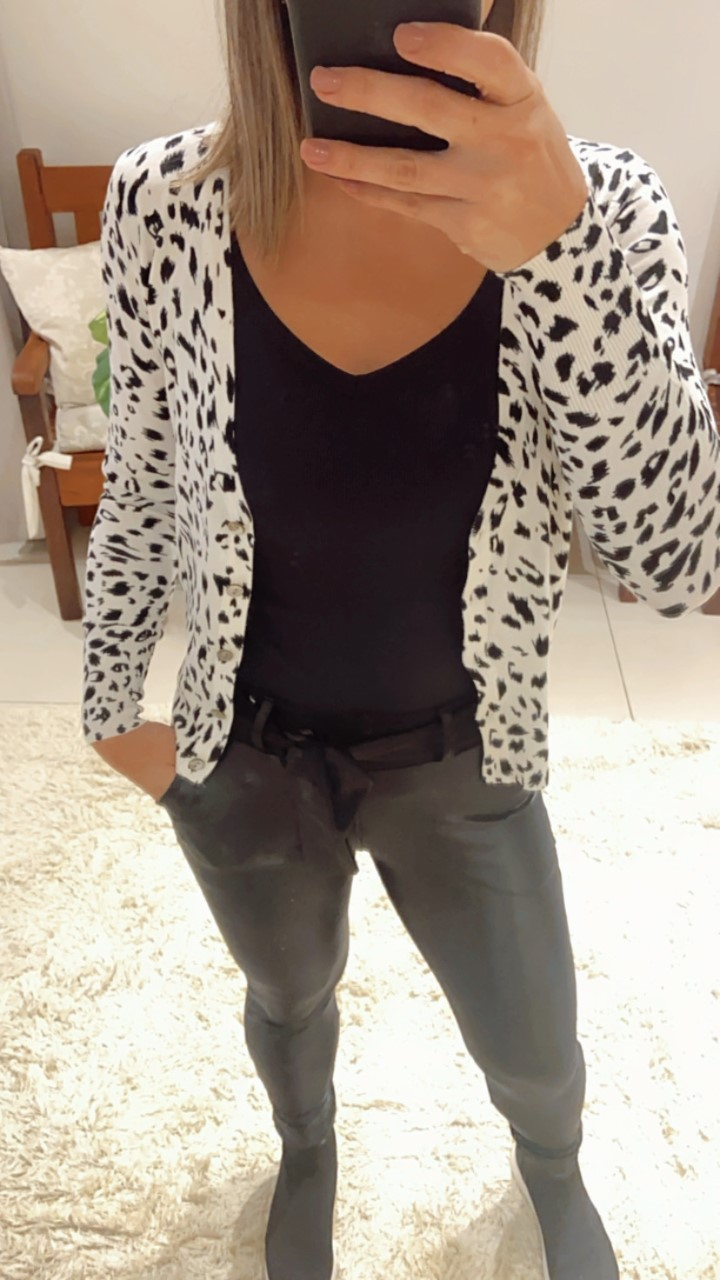Cardigan tricô curto onça branco