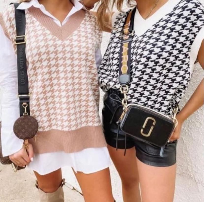 Colete de tricot preto e branco