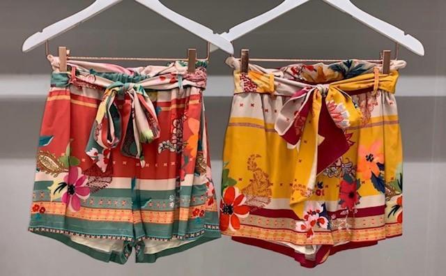 Shorts Clochard com faixa