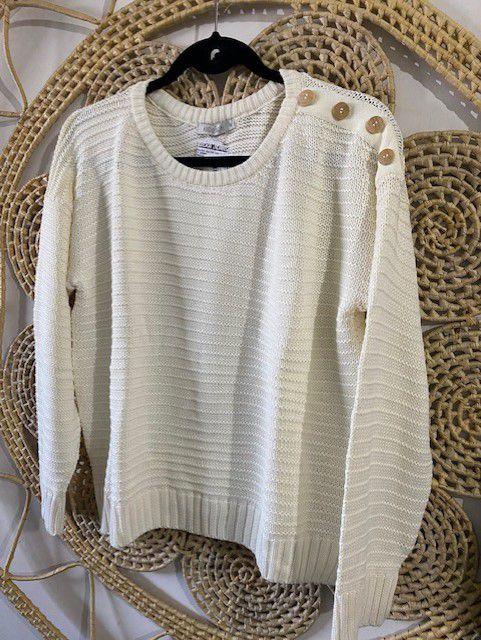 Suéter com Botão no Ombro